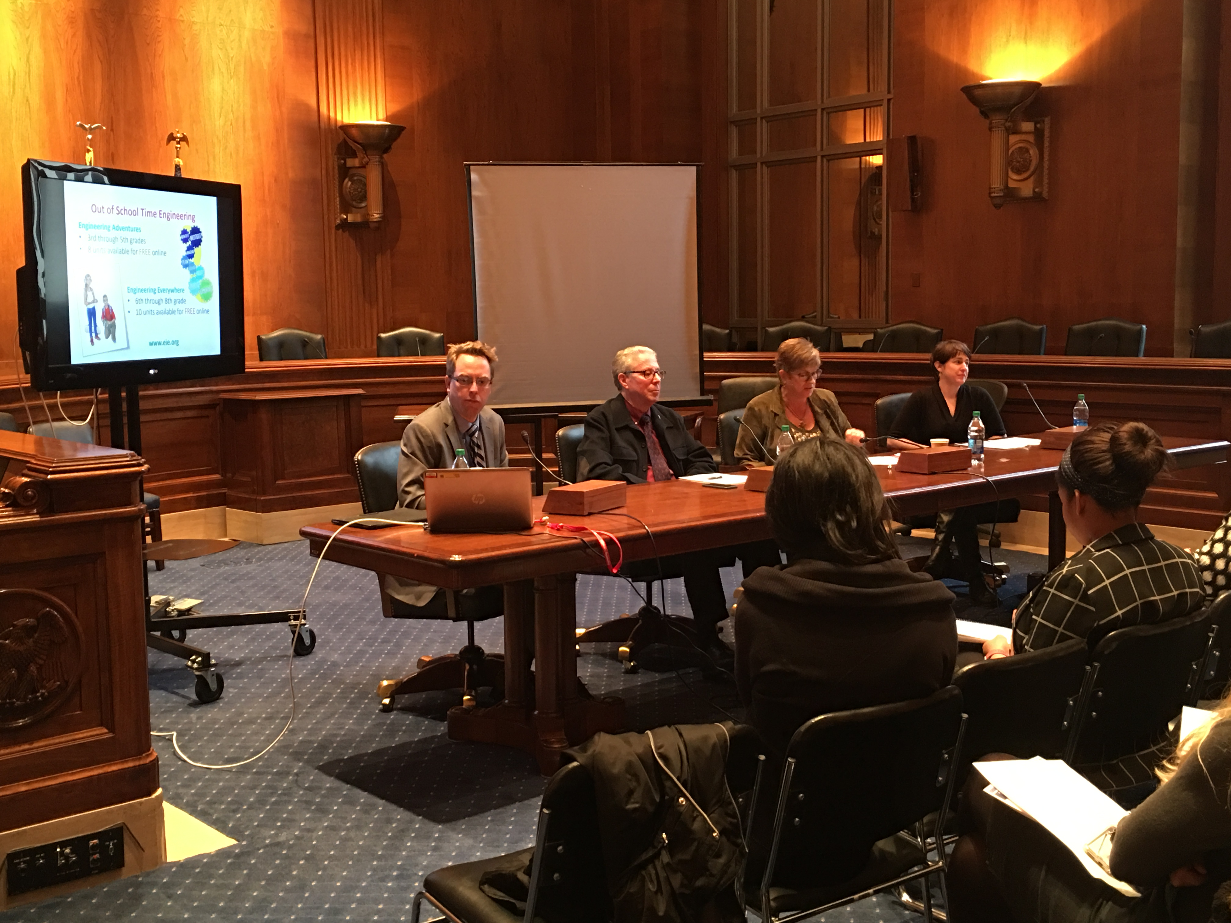 Policy Forum Hosts Connected STEM Learning Briefing